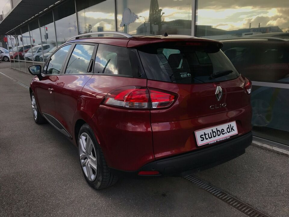 Renault Clio IV 0,9 TCe 90 Zen ST Benzin modelår 2019 km 18000