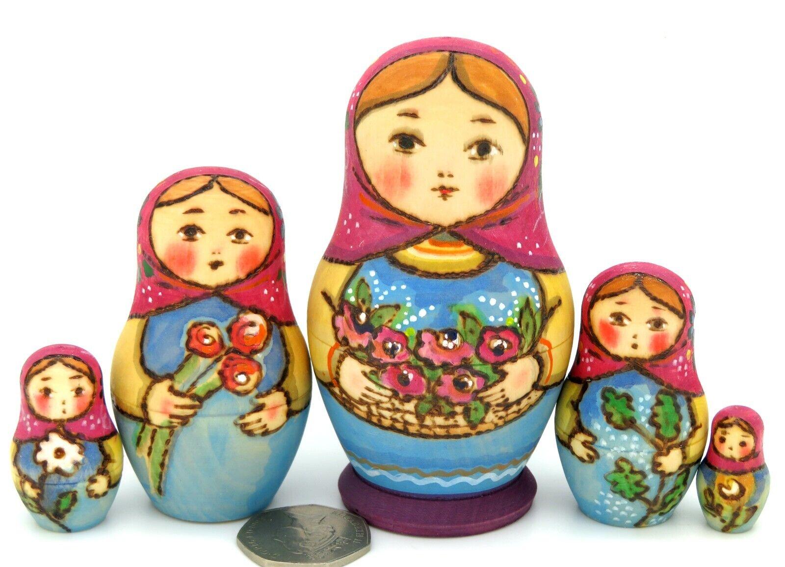 Ryabova matriosca russo baautoautobushka nidificazione  bambole piccole 5 DIPINTI A uomoO firmato  Sconto del 70% a buon mercato