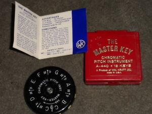 Courageux Kratt-la Clé Maîtresse-a-440 Chromatique 13-key Pitch Instrument Avec Boite-afficher Le Titre D'origine