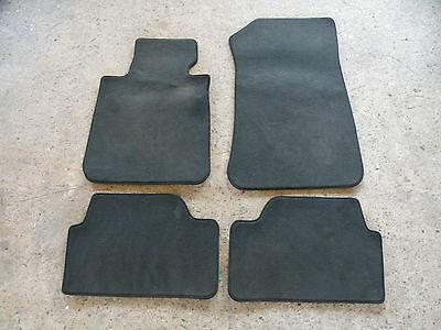 Velours Fußmatten dunkelgrau für BMW 1er E81 E87 3+5-türig