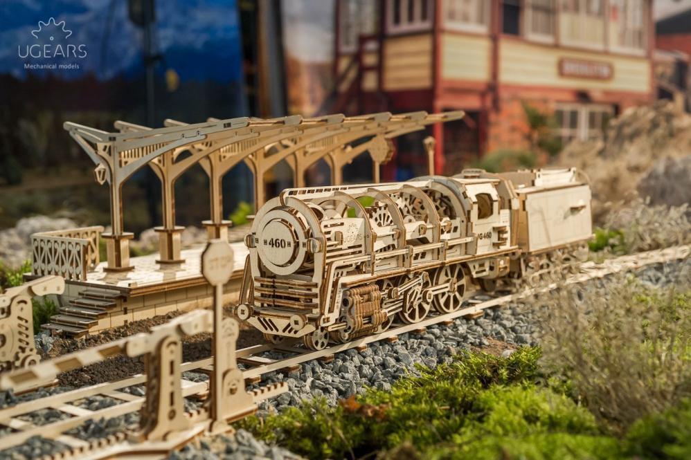 UGEARS Bundle 3 in 1 Locomotive + Railway Platform Rails Mechanical 3D