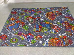 Details zu Kinder Spiel Teppich Straßenteppich Gebäude Boys Jungs Auto Big  City 3D Fun