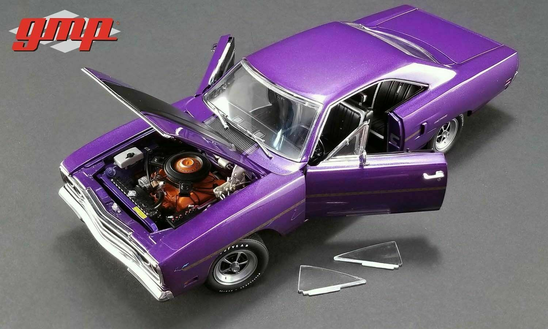 1 18 GMP 1970 Plymouth Road Runner Graveyard bilz Plum Crazy Lmtd.Ed. 1von732