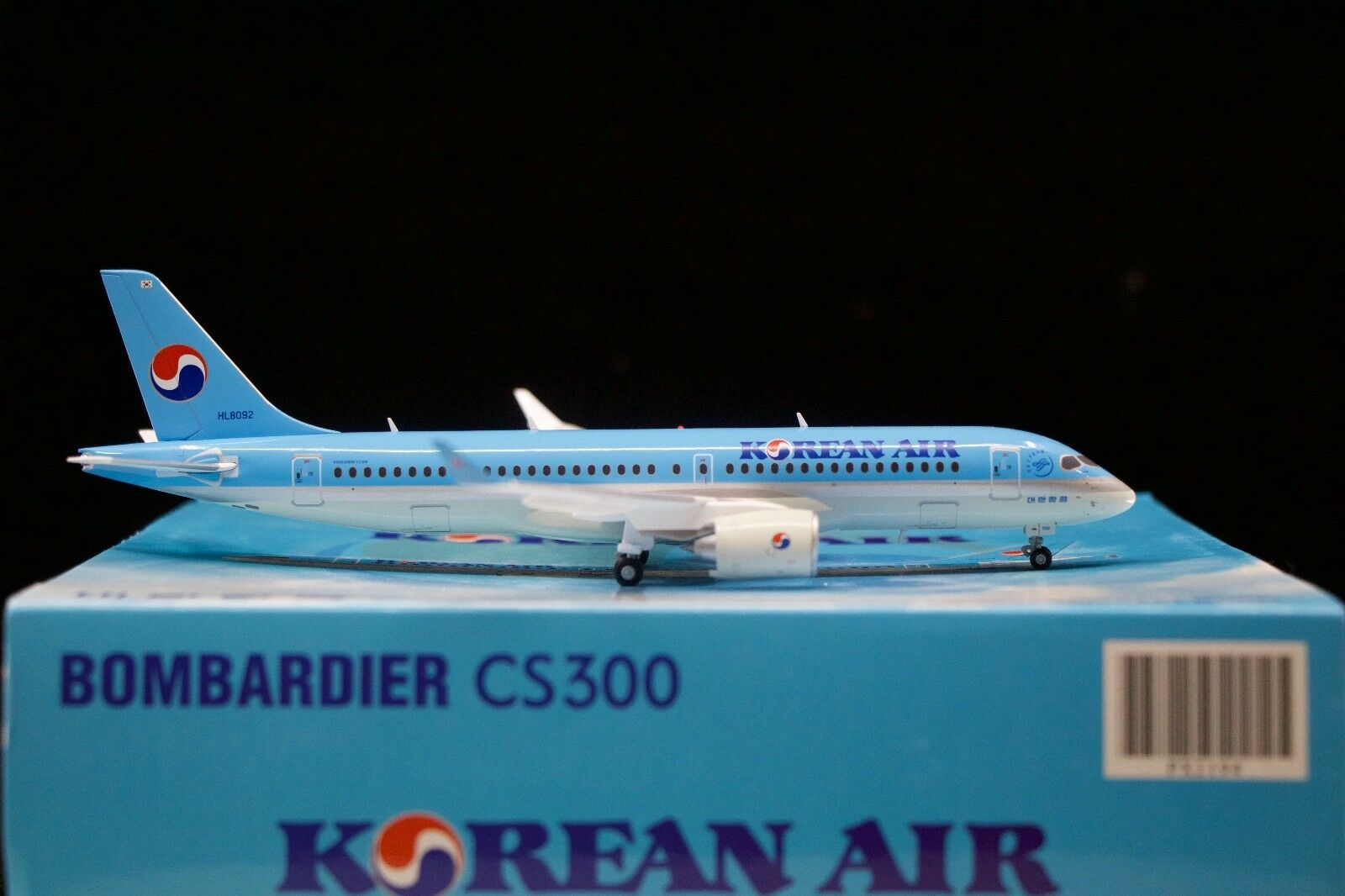 Jc Wings 1 200 200 200 Korean Airlines Bombardier CS300 HL8092 d1859a