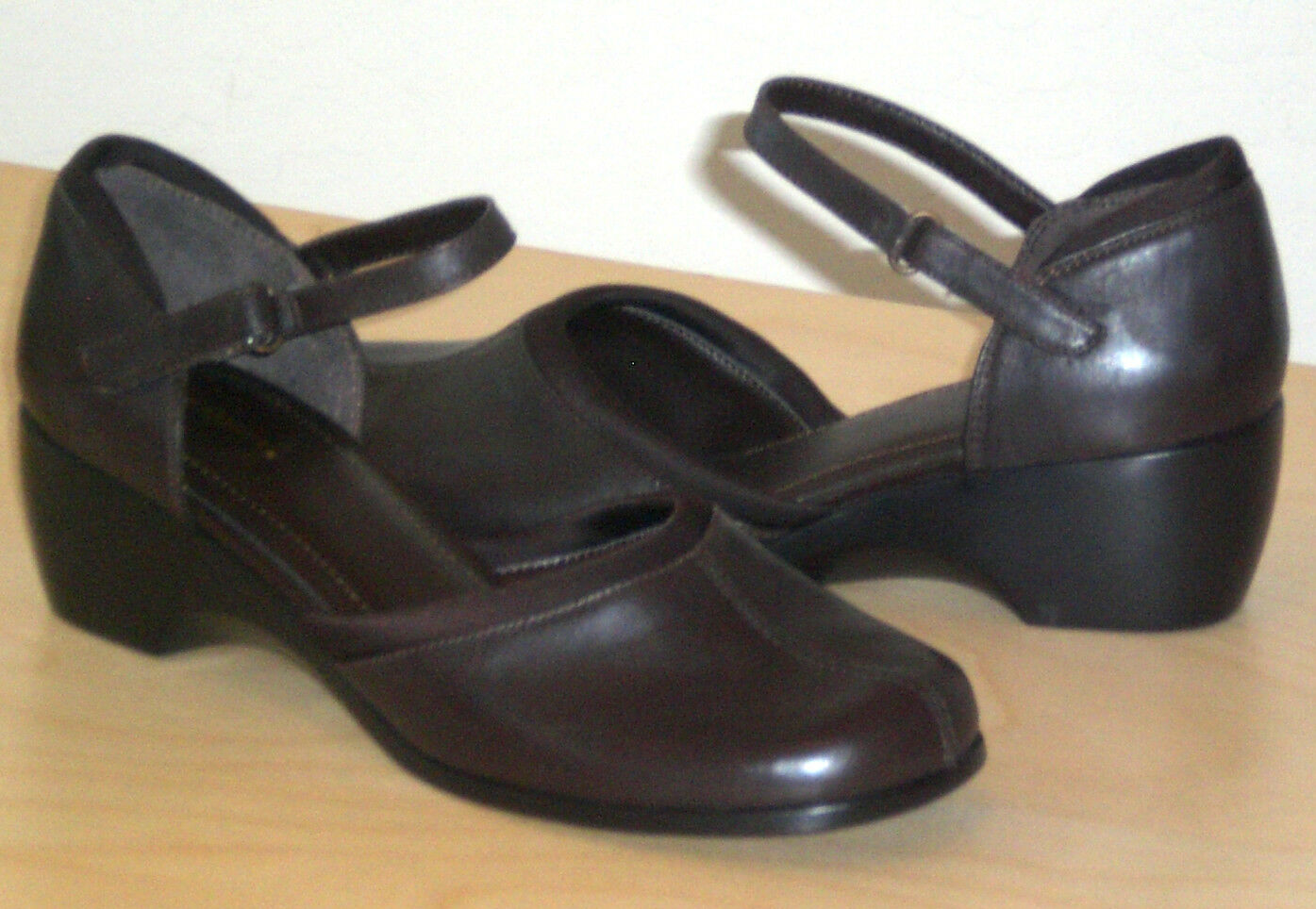 Easy Spirit Finale mary jane wedge brown 9.5 Md NEW