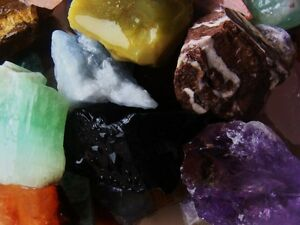 1000-Carat-Lots-of-Natural-Tumble-Rough-a-Very-Nice-FREE-Faceted-Gemstone