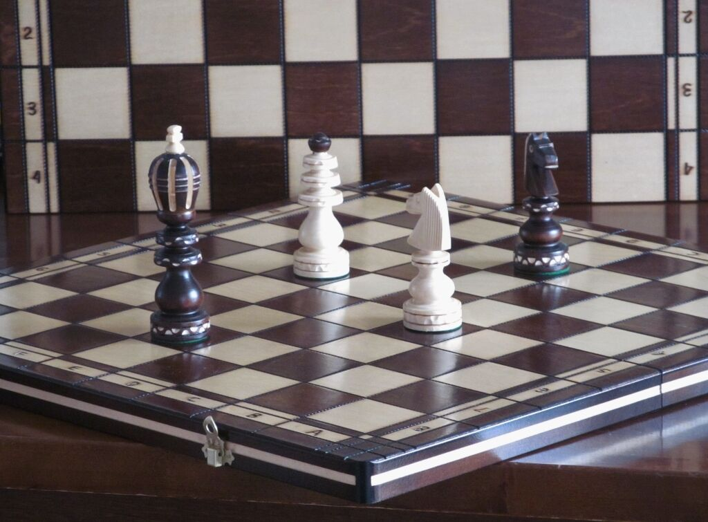 Brand New ♞  Hand Crafted  Wooden Chess  Board III 53cm x 53cm♞