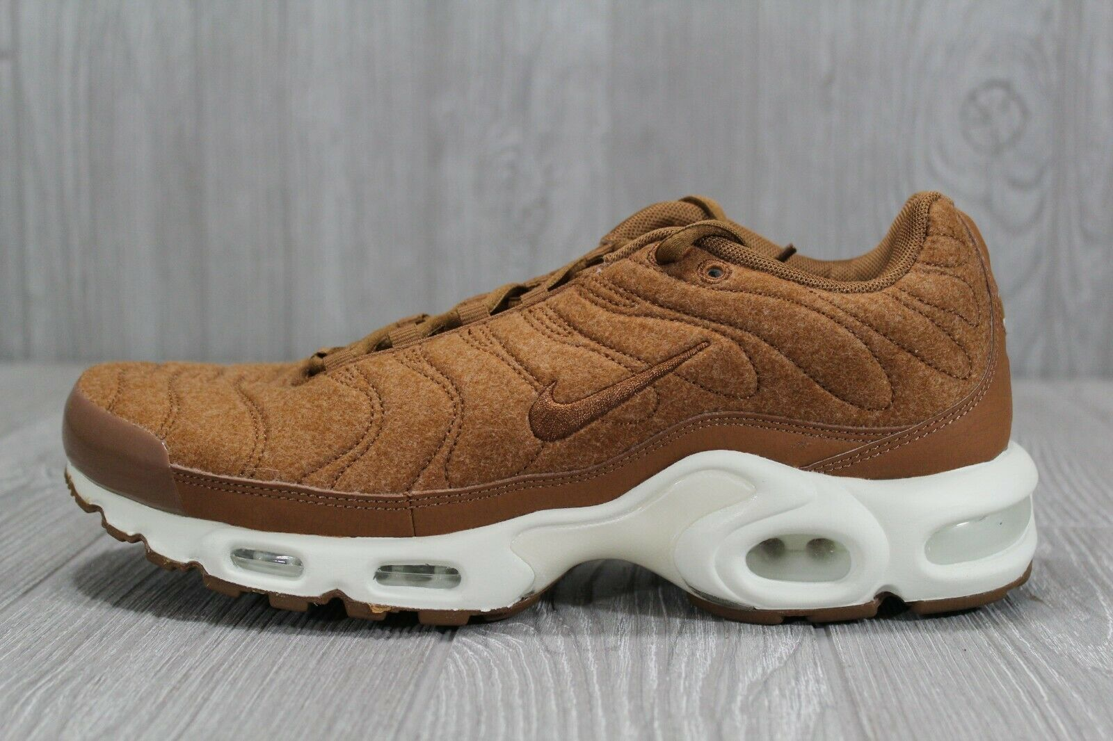 2a68c5ac37af 39 Nike Air Max Max Max Plus TN shoes Quilted Brown Ale Wheat SZ 9 ...