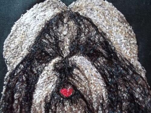 "Embroidered Quilt Block Panel /""Shih Tzu Dog/"" Black Linen Fabric"