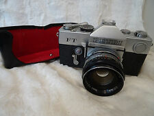 Petri FT  35mm Camera + petri 55mm f2 cc auto lens collectors condition FWO CASE