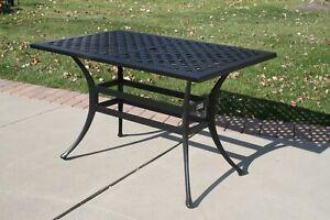 Cast Aluminum Outdoor Bar Height Table