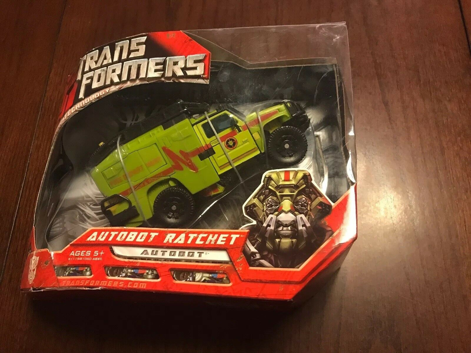 Transformers Voyager Class Autobot Ratchet Movie 2007 Hasbero MISB new