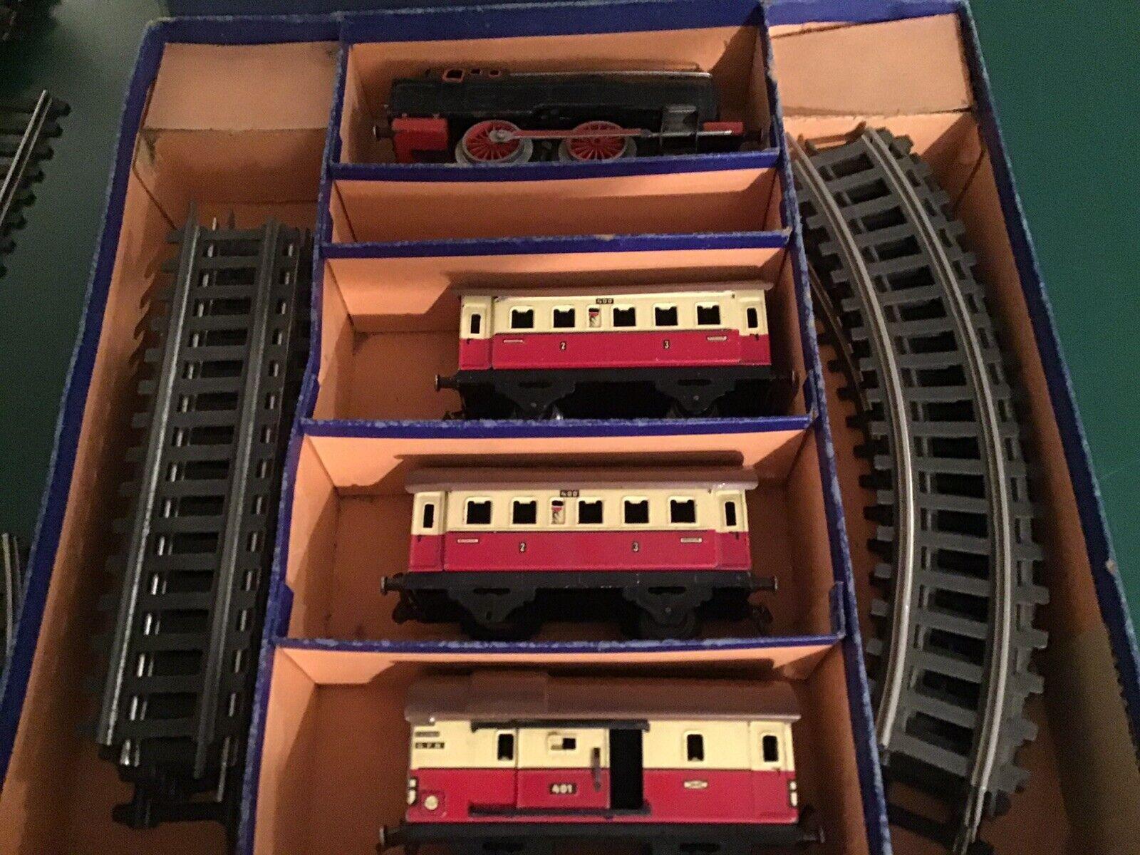 Fleischmann Model-Eisenbahn mit Zubehör Spur O