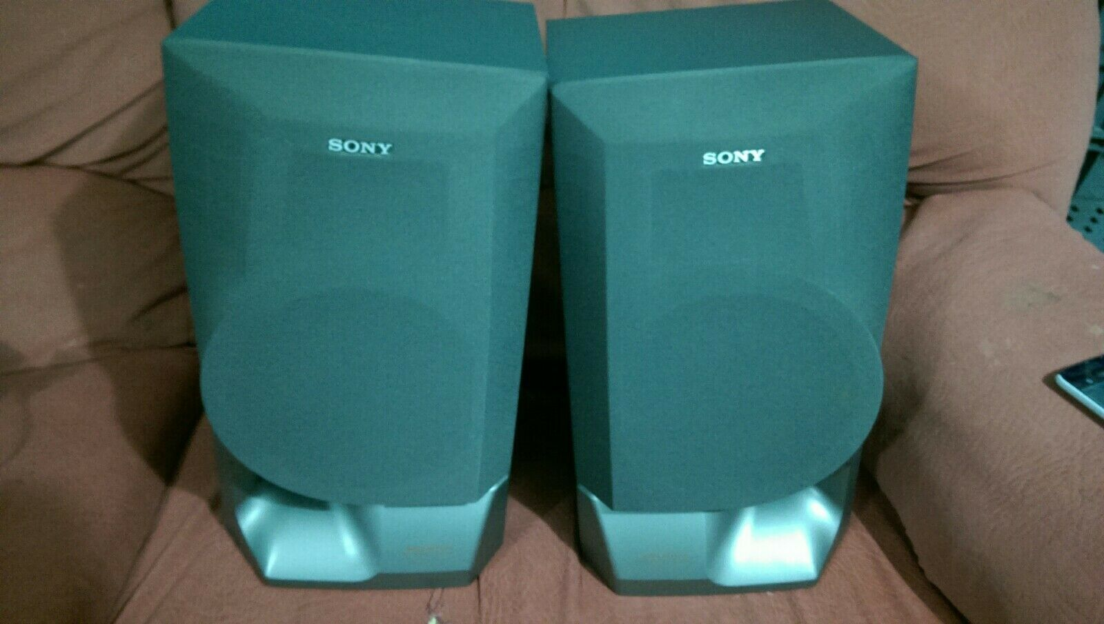 Classic Pair Of Sony Large Bass Reflex Speakers SS-XB200