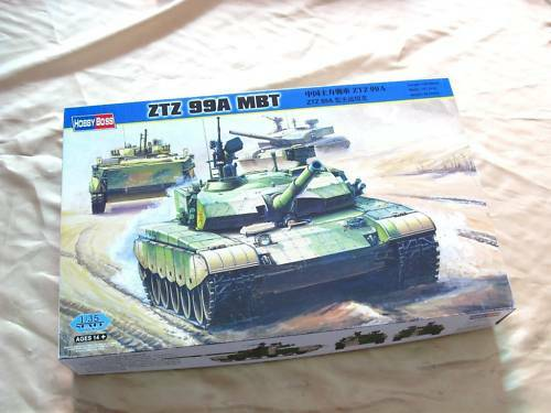 Hobby Boss 82439 1//35 Chinese PLA ZTZ-99A MBT Main Battle Tank Model Armored Car