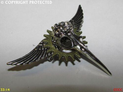 steampunk brooch badge pin cog flying silver wings bird skull plague mask