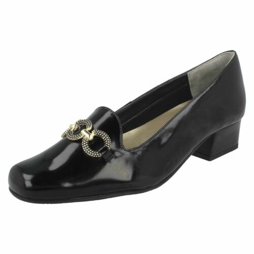 Ladies Van Dal Elegant Wide Slip On Heeled Court Patent Leather Shoes Twilight