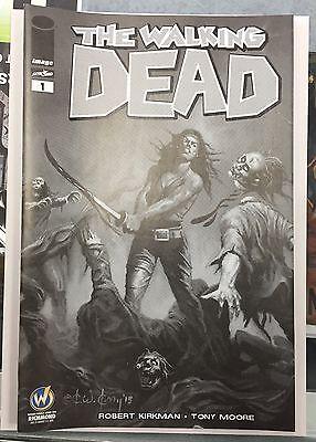 WALKING DEAD #1 Chicago 2015 Wizard World Comic Exclusive Variant Portacio B//W