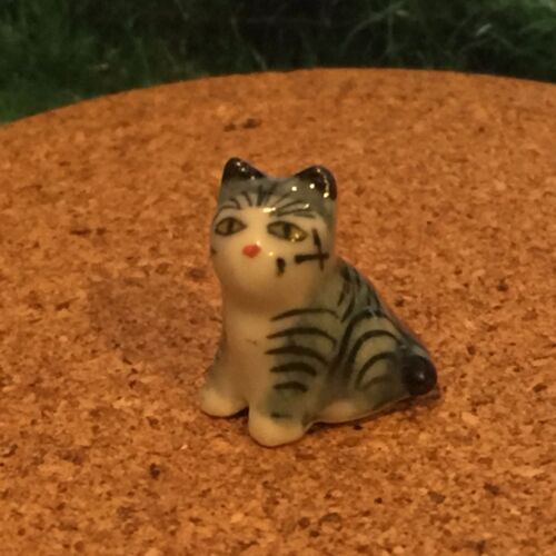 TINY ANIMAL MINIATURES DOLLHOUSE FIGURINE DECORATION CAT CERAMIC HANDCRAFT SMALL
