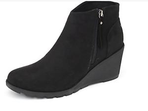 Skechers - BOBS -  Black Tumble Weed Wedge Side Zip Boot -  Size uk 4 - New