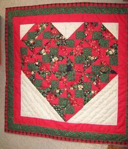 Handmade-Patchwork-Holiday-Heart-Quilt-Original-Design-Wall-Table-Gift