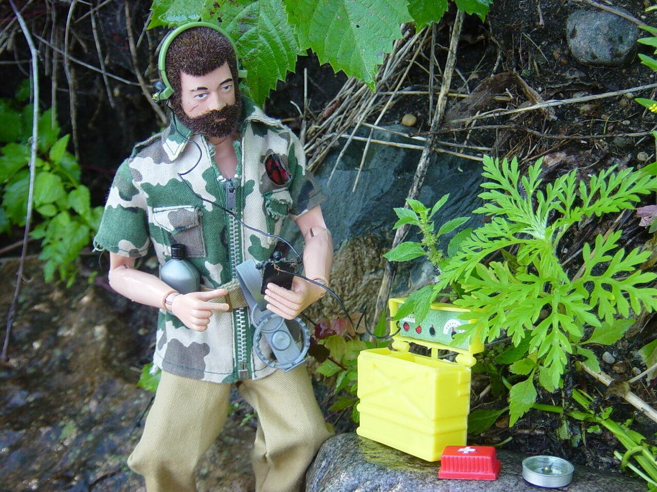 Gi Joe Vintage Jungle Survival, nice set with 1970 Land Adventurer