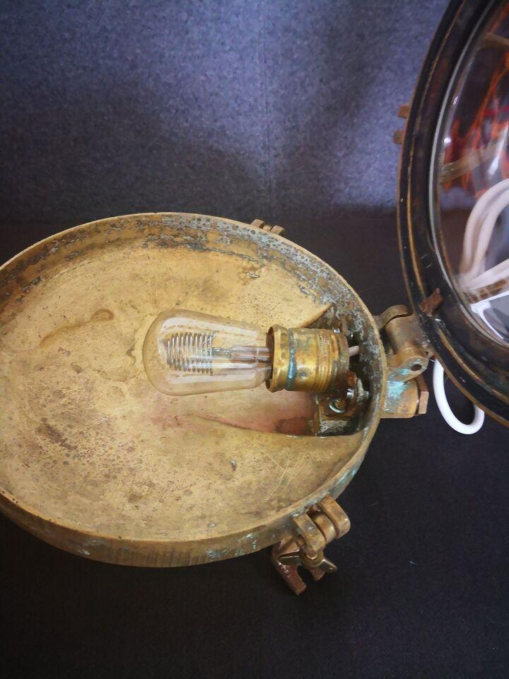 Væglampe, Skibelampe