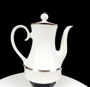 "SCHUMANN ARZBERG BAVARIA PLATINUM BAND EMBOSSED DOTS 9 1/2"" COFFEE POT 1960-1970"