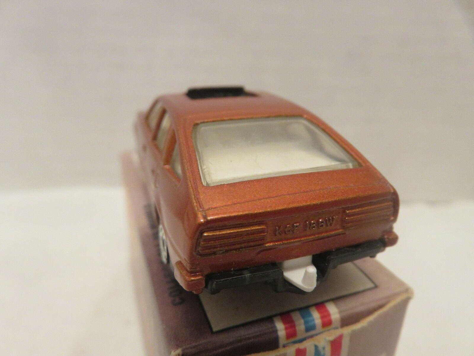 1980 Matchbox Lesney Rover 3500 Metallic Bronze White Interior Die-Cast Die-Cast Die-Cast Metal f8b742