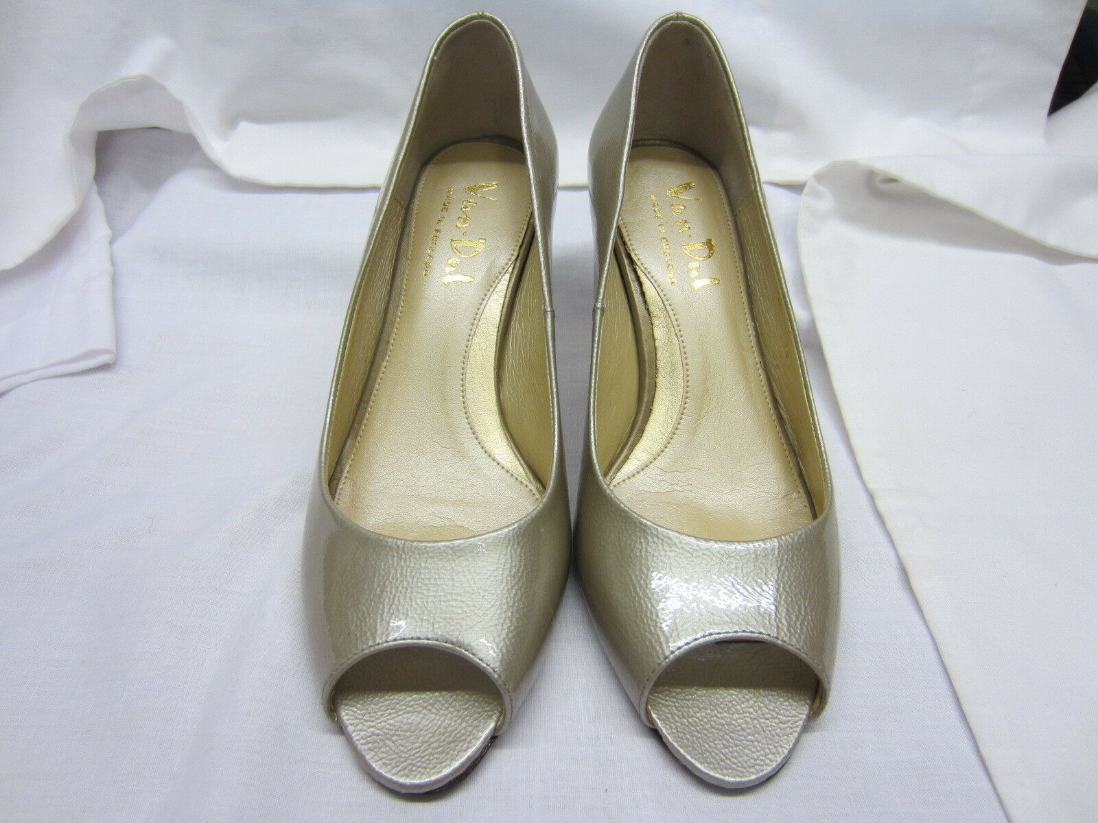 Onorevoli Van dal Peep Toe Décolleté in CHAMPAGNE CUOIO