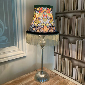William-Morris-039-Strawberry-Thief-039-fringed-lampshade-shade-complete-table-lamp
