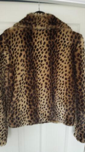 difetto Coat Debenhams 8 Nuovo mai indossato Print Nessun Red Animal Herring Jacket qtPcWwHE