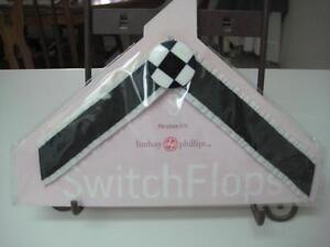 LINDSAY PHILLIPS SWITCHFLOPS IRENE STRAPS SMALL NEW! 5-6 BLACK/WHITE