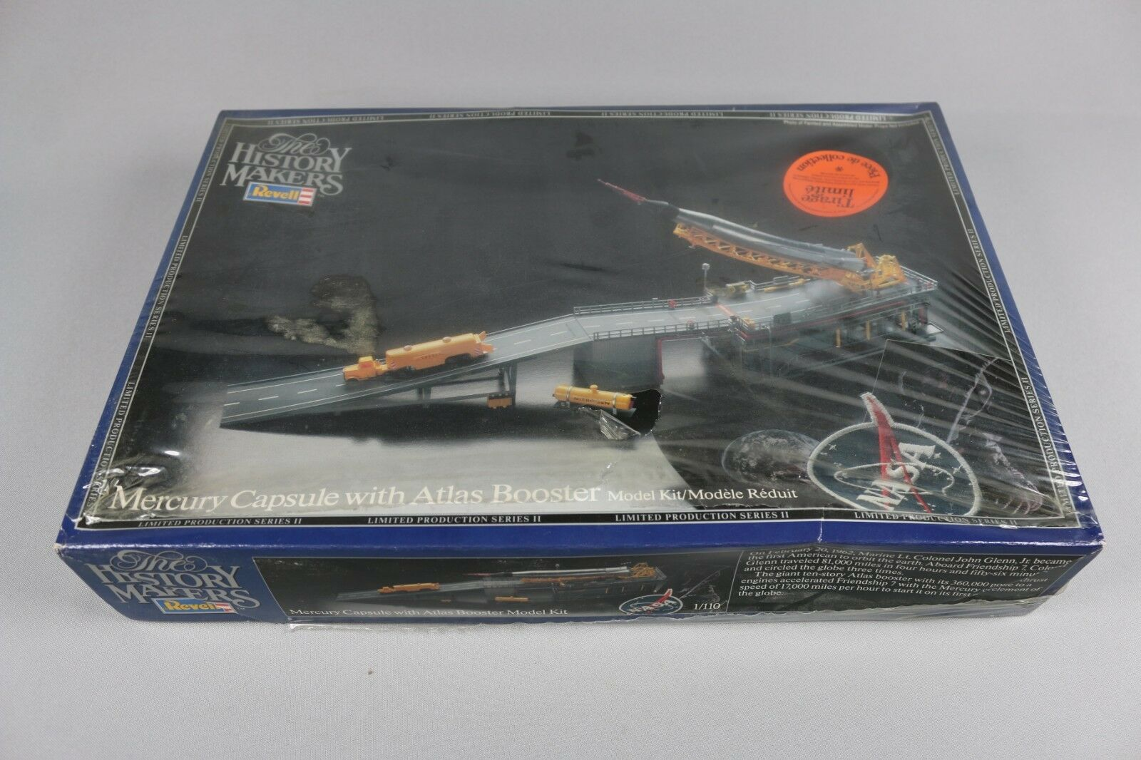 Zf1238 revell 1 110 military model 8647 the history makers mercury capsule