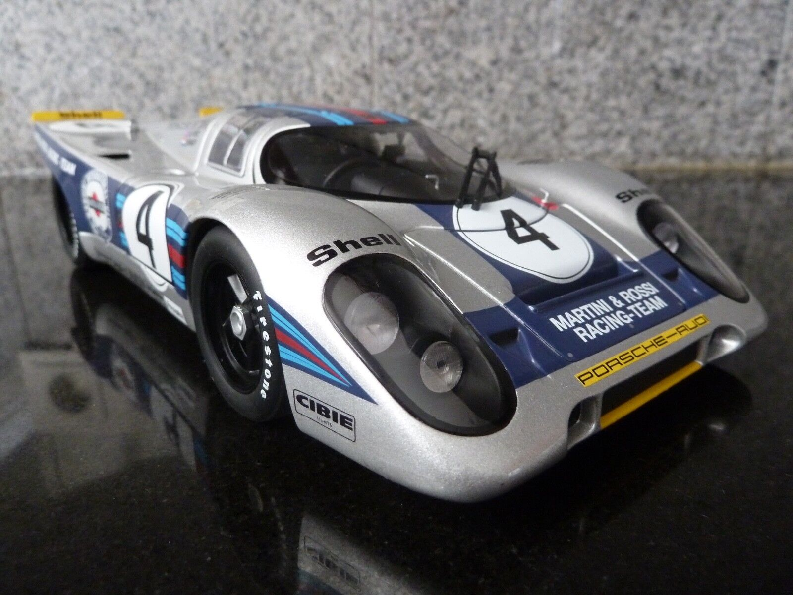 1 18 Autoart, Porsche 917k, Martini racing, 24 H DAYTONA 1971
