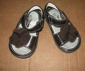 Wee-Squeak-Girls-Size-7-brown-Sandals-toddler-girls-23-Eur