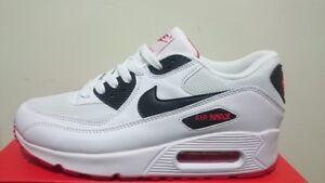 differently d0515 7fe87 A buon mercato Scarpe Nike AirMax 90 WhiteRedBlack