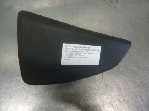 1 of 1 - seat side airbag right O/S Vauxhall Astra H 13139839 RH 1.6i Twinport 77kW Z16XE