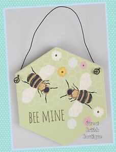 Sass-amp-Belle-Sweet-Little-Wall-Plaque-034-Bee-Mine-034-Say-It-with-Bees
