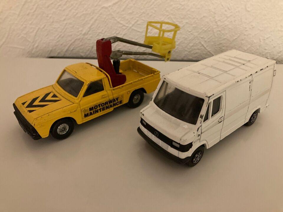 Modelbil, Corgi Mazda og Mercedes, skala 1:43 og 1:36