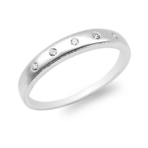Ladies-10K-14K-White-Gold-Round-CZ-Embedded-Plain-Wedding-Band-Ring-Size-4-10