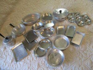 Lot-22-Vintage-Aluminum-Metal-Toy-Pots-Pans-Muffins-Trays-Roaster-etc