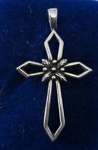 Sterling-Silver-40x23mm-Cut-Out-Cross-w-Leaf-or-Flowers-Charm