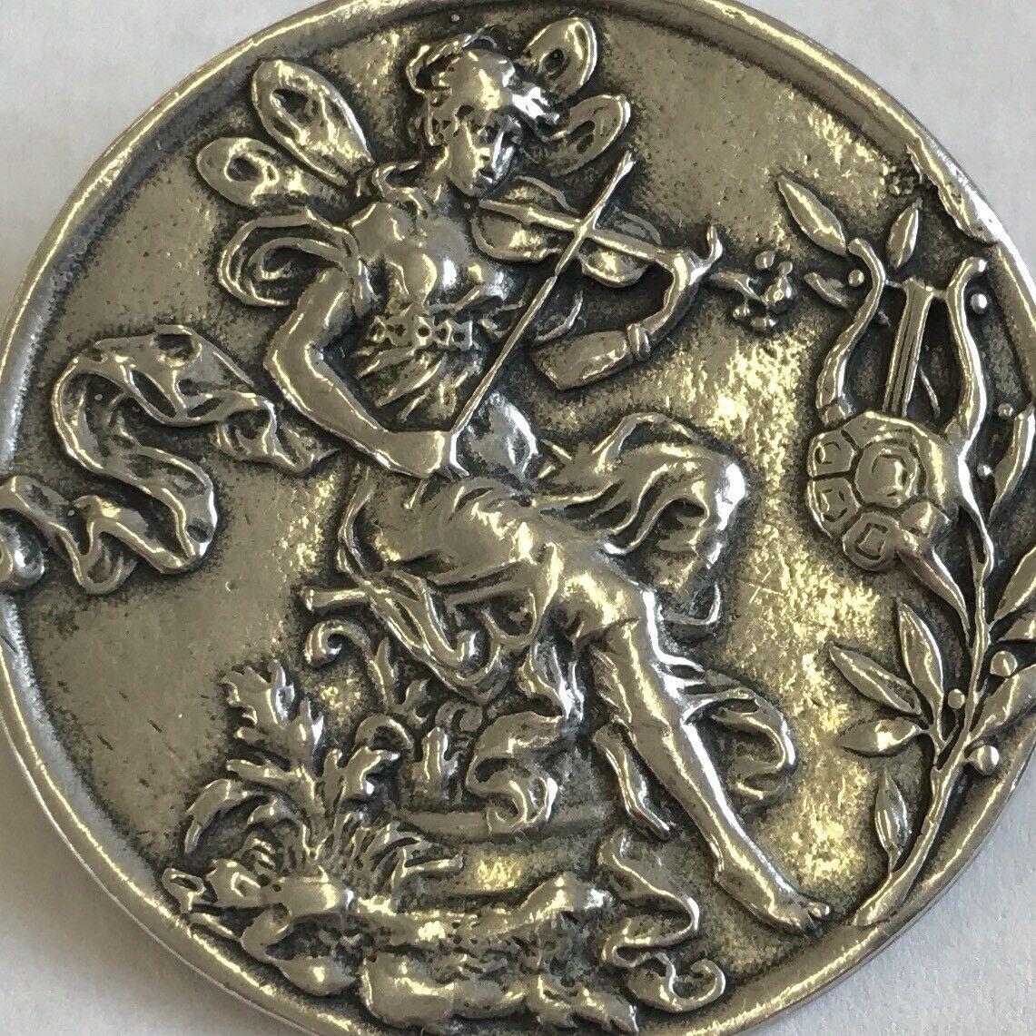 VINTAGE IN argentoO ARI D Norman Art Nouveau Fantasy Fantasy Fantasy Musicale Spilla 3.5 cm 691050