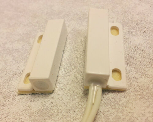 1 LED WHITE switch contact loop open when magnet is near or next to it DC only