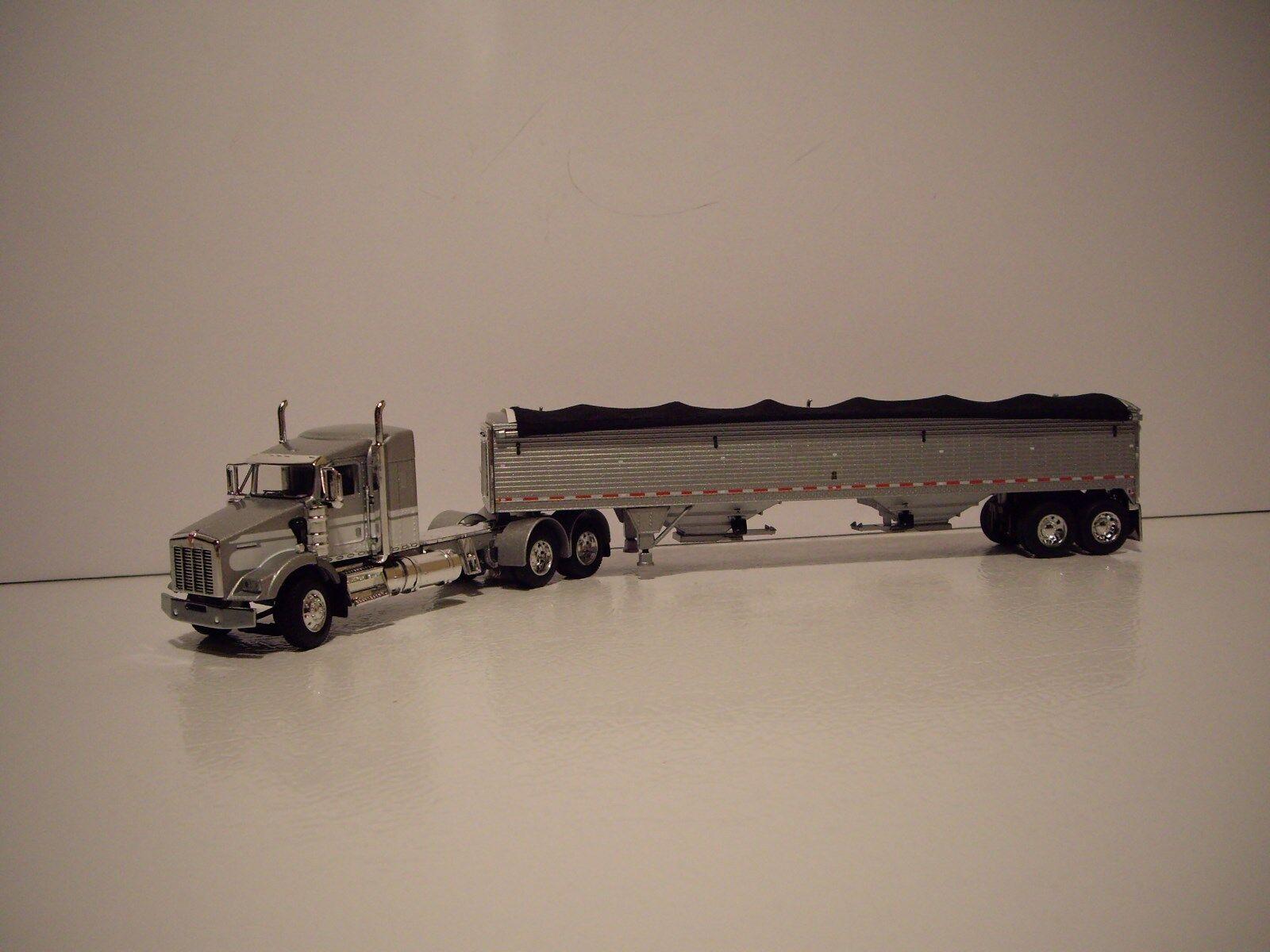 DCP 1 64 Plata y blancoo Kenworth T800 con remolque de grano 38  durmiente y
