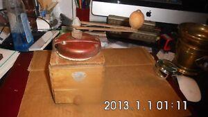 ANCIEN-MOULIN-A-CAFE-PEUGEOT-BOIS-ET-TOLE