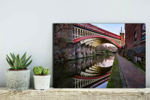 MANY SIZES AVAILABLE READY TO HANG MANCHESTER CANVAS PRINTS