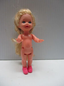 1994-Barbie-Kelly-Doll-with-Blue-Eyes-amp-Long-Blonde-Braids-and-Pink-shoes