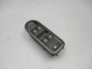 Renault-Megane-II-Kombi-KM0-1-1-9-DCI-Interruptor-Elevalunas-Izq-Delant